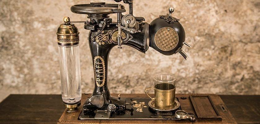 Steampunk-Kaffeemaschine von Alexander Schlesier