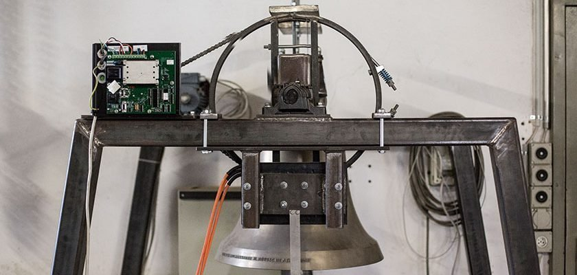 Antriebsmotoren eines Glockenjochs in der H.Rüetschi AG in Aarau | Strom online – Energie erleben